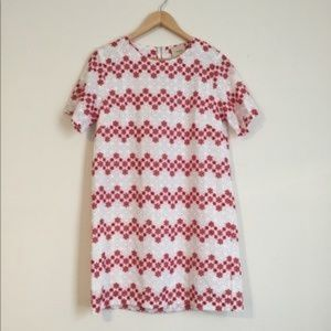 MAIN SQUEEZE FLORAL EMBROIDERED SHIFT DRESS LARGE